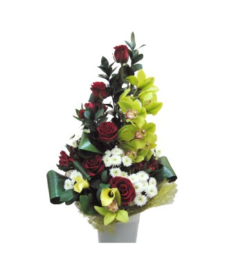 Bouquet of roses, orchids and anthurium