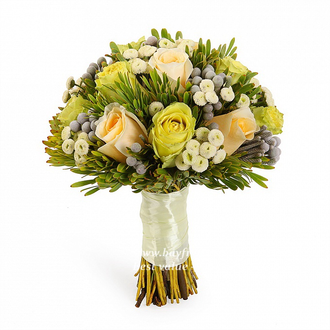 fresh flower wedding bouquet 2 bridal bouquet of different yellow roses bay fresh flowers 4363