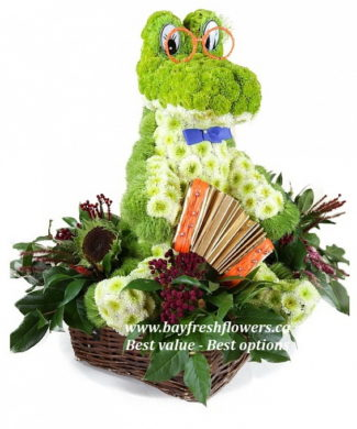 Crocodile from flowers