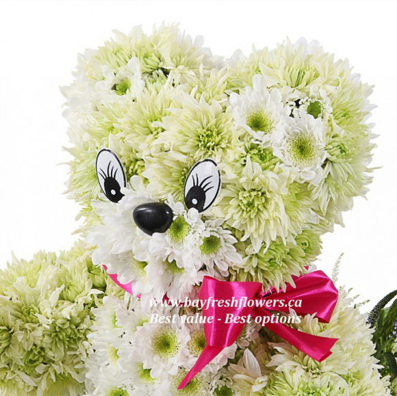 toys from flowers - bear with a flower