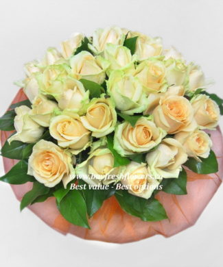 bouquet of cream roses
