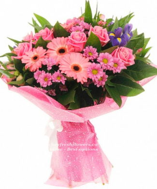 Bouquet of pink roses, gerbers and chrysantemum