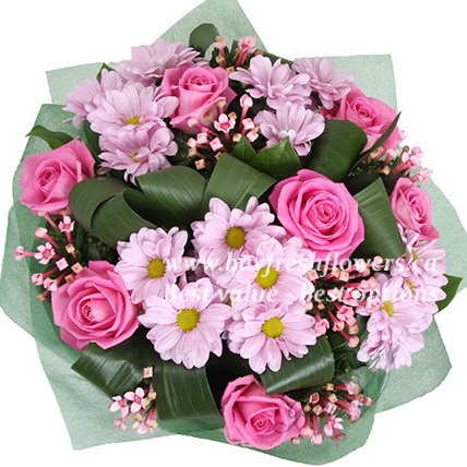 bouquet of pink roses and chrysantemum