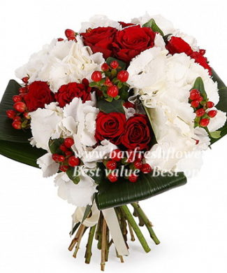 bouquet of red roses, hydrangeas and hypericum