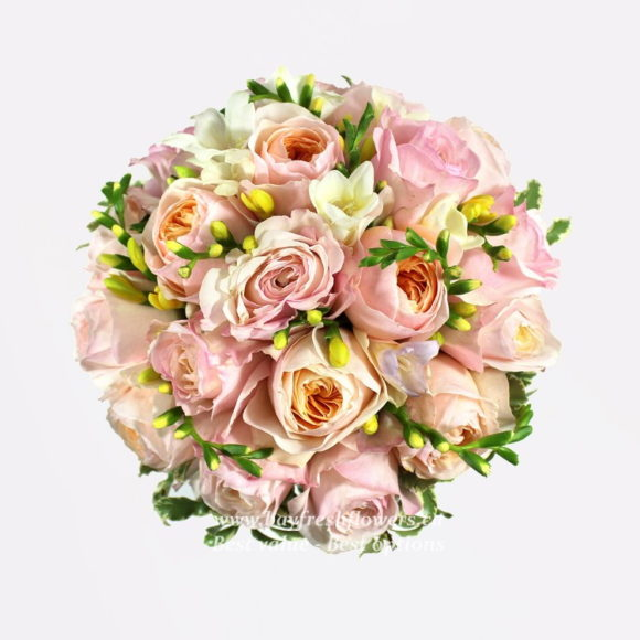 bouquet for wedding of cream and pink roses