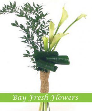 men's bouquet of withe callas