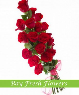 men's spray bouquet of red roses