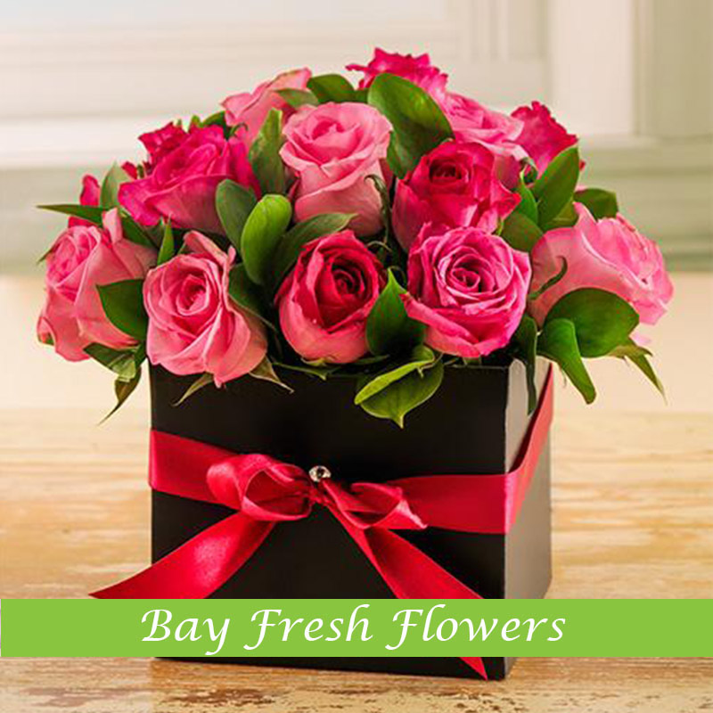 Elegant Arrangement With Roses In A Box Buy In Vancouver