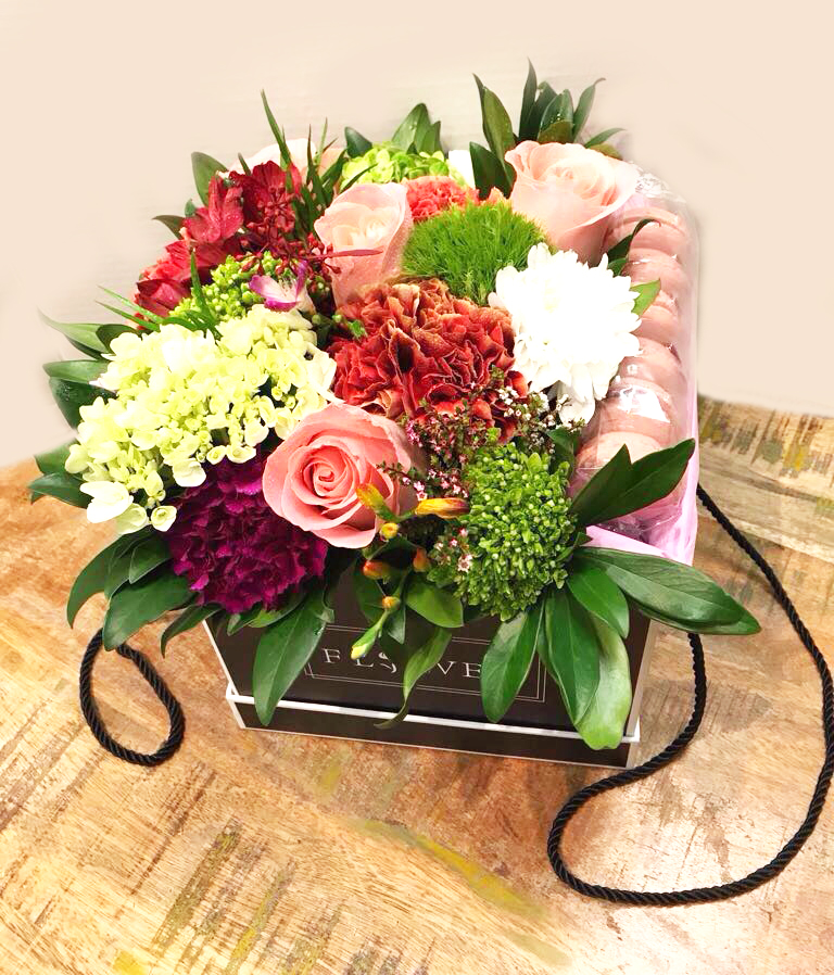 Fruit Flower Baskets Vancouver : Sweet reminder flowers in a box with macaroons buy