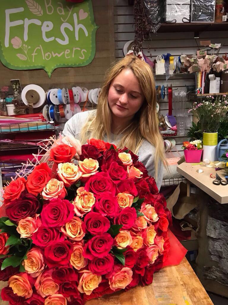 Huge Bouquet Of 100 Roses Orange Red Color Mix Buy In